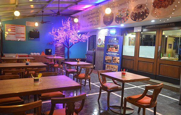 Dining in Sapphire Restaurant & Bar